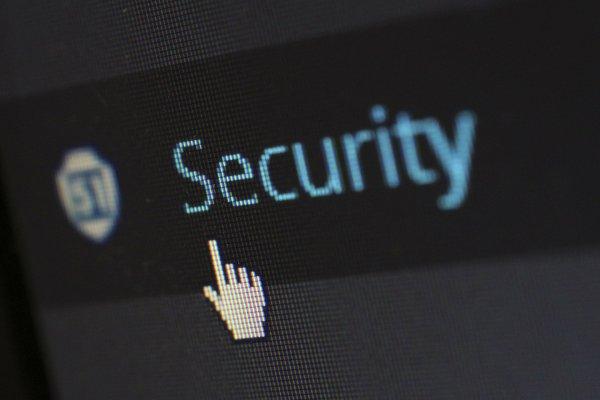 Una empresa puede estar en peligro por un dispositivo. Si o no?
