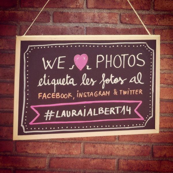 Crea un hashtag para tu boda