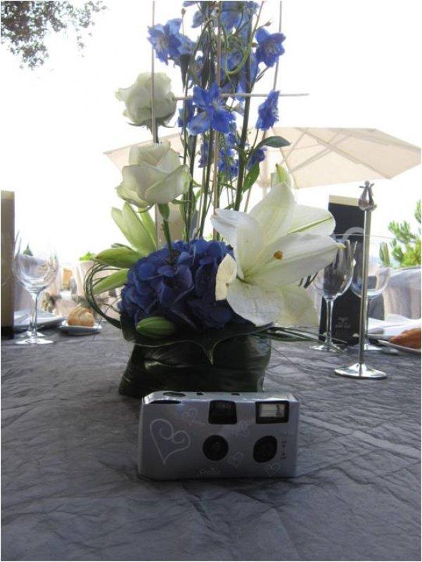 Dales una cámara de usar y tirar a tus invitados de boda