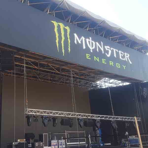 Cañones de agua en el MotoGP de Cataluña