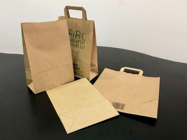 Nuevas bolsas de papel para nuestros clientes