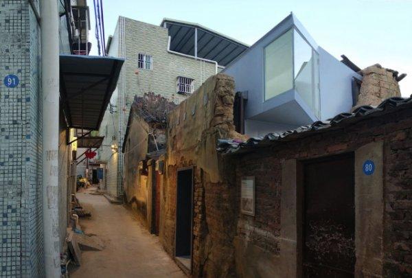 El kit definitiu per convertir una casa en ruïnes en un pis modern i bonic en un sol dia