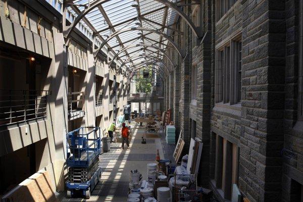 Plan anticrisis del Gobierno para la construcción: rehabilitar viviendas y más pisos de alquiler