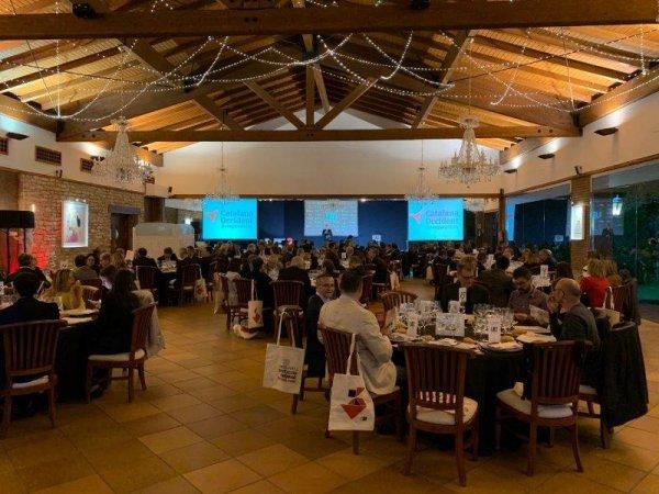 La entrega de premios, protagonista de la �VII nit empresarial de la UEI�